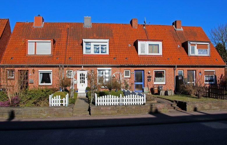 Koszty zamieszkania w domu szeregowym