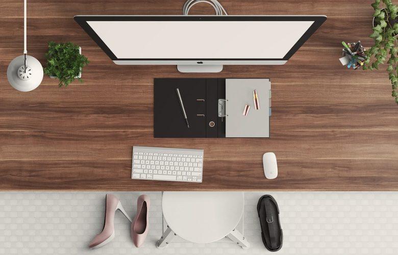 Biurko elektryczne regulowane dla programistów i projektantów